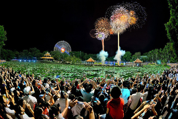 Ghim ngay 6 địa điểm ngắm pháo hoa đẹp nhất Sài Gòn dịp Tết Dương lịch 2020, lập hội đi countdown đón năm mới liền thôi! - Ảnh 9.