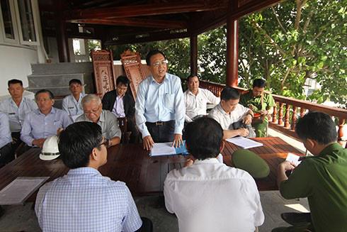 Bị lập chốt chặn, khu biệt thự Ocean View Nha Trang vẫn xây dựng trái phép - Ảnh 1.