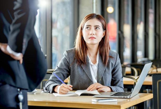Phỏng vấn xin việc thất bại, cô gái trẻ đưa cho người quản lý 115 nghìn đồng và liền được tuyển thẳng vào công ty - Ảnh 4.