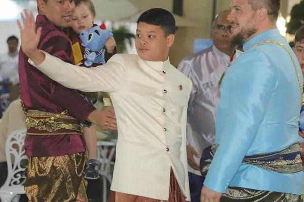 Hoàng tử Thái Lan: Là con trai duy nhất của vua nhưng chưa chắc đã được kế vị, phải rời xa vòng tay mẹ từ khi còn nhỏ - Ảnh 1.