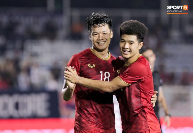 Báo hàng đầu châu Á ngả mũ, tấm tắc khen thầy trò Park Hang-seo: Việt Nam là không thể ngăn cản, họ đã tiến rất gần đến tấm HCV SEA Games - Ảnh 2.