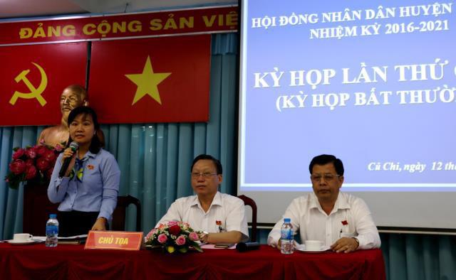 Miễn nhiệm 2 Trưởng ban của Hội đồng Nhân dân TPHCM - Ảnh 2.