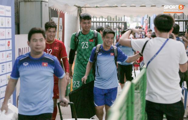 Người không phổi của U22 Việt Nam ngại ngần che giấu vết thương trước ngày đá chung kết SEA Games ở tuổi 30 - Ảnh 13.
