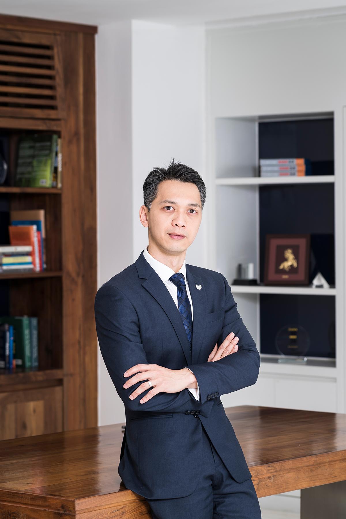 Chủ tịch HĐQT ACB Trần Hùng Huy: Mình không biết nhảy, không biết hát nhưng có thể học và không sợ quê! - Ảnh 4.