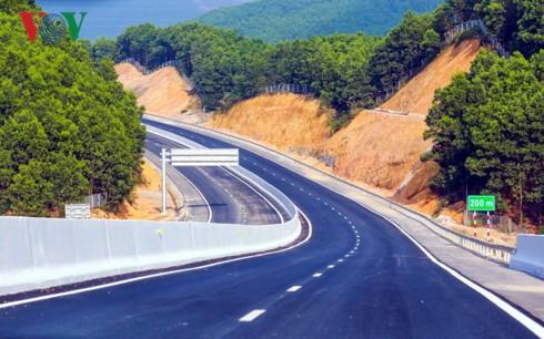Khai thác Cao tốc Hạ Long - Vân Đồn từ ngày 1/2 - Ảnh 1.