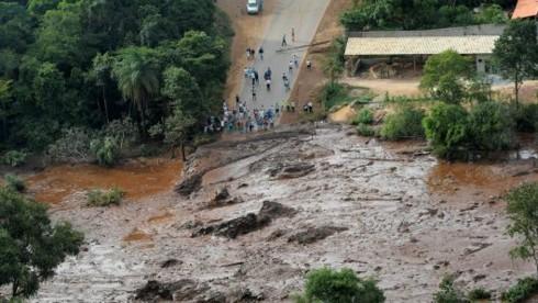 Brazil đóng băng thêm tài sản của Vale sau vụ vỡ đập quặng - Ảnh 1.