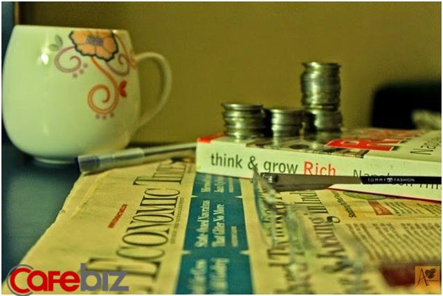 Người chỉ nghĩ tới chuyện tiết kiệm làm gì còn thời gian và sức lực nghĩ tới chuyện kiếm tiền: 3 thói quen tư duy khiến bạn càng làm càng nghèo - Ảnh 2.