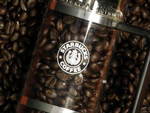 Phép màu nào đưa Starbucks từ một cửa hàng rang cafe thành chuỗi thương hiệu trị giá trăm tỉ đô? - Ảnh 4.