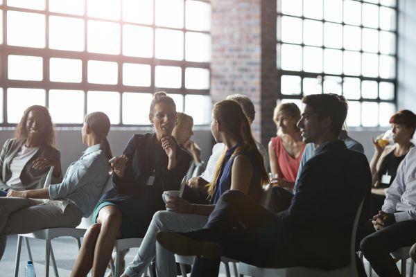 Đi làm muốn thăng chức, tăng lương, ngoài chuyên môn bạn còn cần chú ý đặc biệt đến 5 điều này, tưởng rất đơn giản nhưng không ít người bỏ qua - Ảnh 1.