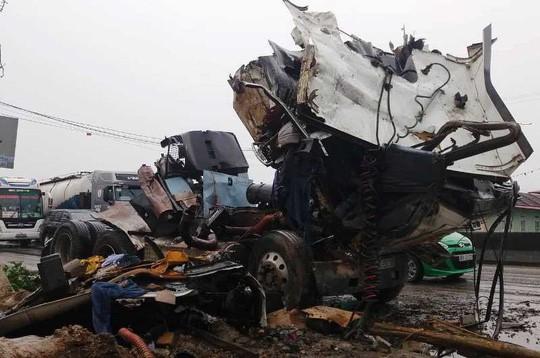 Vụ tai nạn liên hoàn khiến 4 người thương vong: Xác định nguyên nhân ban đầu  - Ảnh 2.