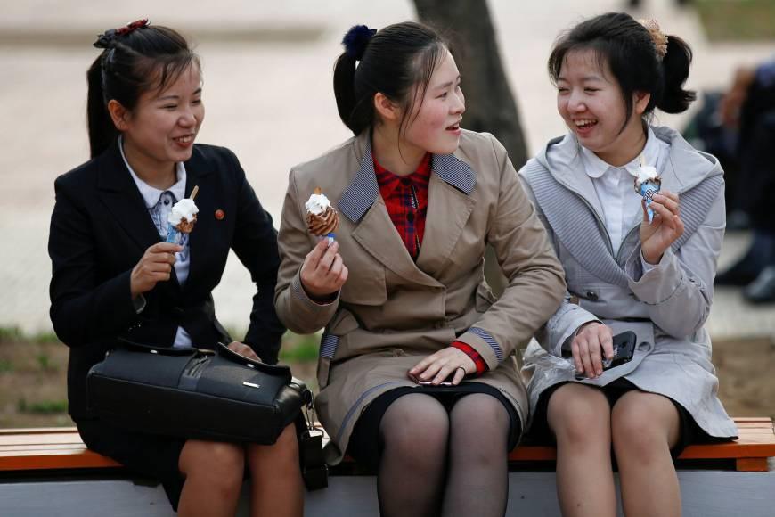"""Hé lộ bí mật những """"chợ trời"""" ở Bình Nhưỡng và cuộc sống chưa từng biết tới tại thủ đô Triều Tiên - Ảnh 13."""