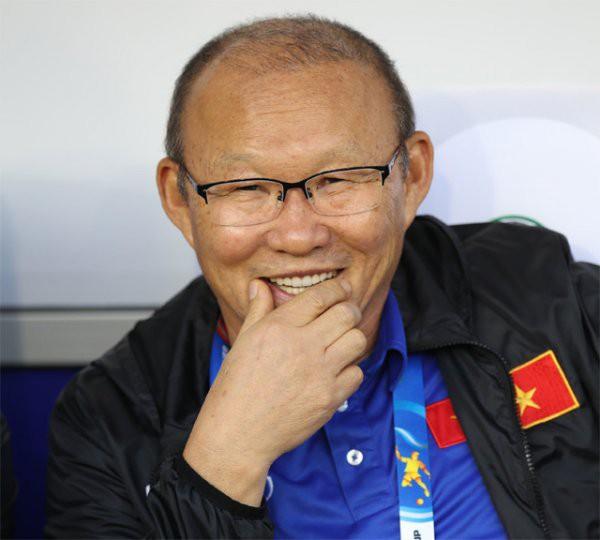 HLV Park Hang-seo chỉ sang Campuchia tuyển quân nếu U22 Việt Nam vượt qua vòng bảng - Ảnh 1.