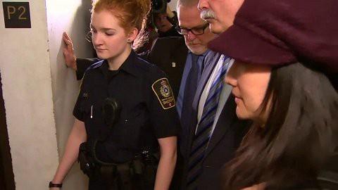 Nhà sáng lập Huawei cáo buộc vụ bắt giữ con gái ông có động cơ chính trị - Ảnh 3.