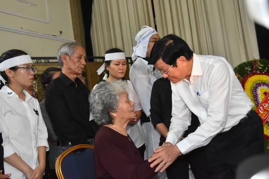 Bí thư Thành ủy TP HCM đến viếng lễ tang Phó Chủ tịch UBND TP Nguyễn Thị Thu - Ảnh 6.