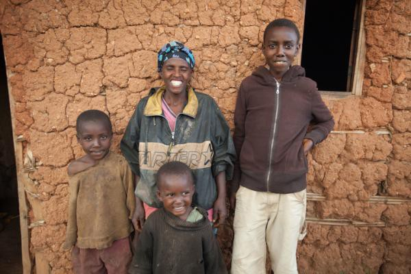 Tiền nhiều để làm gì? Câu trả lời đến từ sự chênh lệch giàu - nghèo của các hộ gia đình trên toàn thế giới - Ảnh 1.