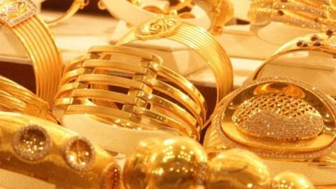 Kim loại quý đi xuống, nhà đầu tư vàng thua lỗ trong năm Mậu Tuất - Ảnh 1.