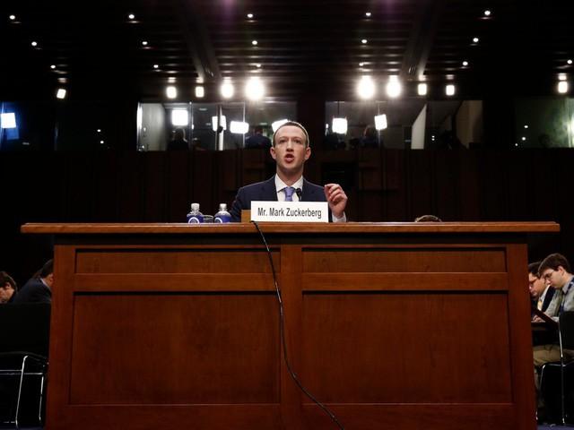 Hôm nay Facebook tròn 15 tuổi, cùng nhìn lại hành trình khó tin của Mark Zuckerberg: Từ cậu sinh viên bỏ học đến tỷ phú sở hữu MXH 'đông dân' nhất hành tinh - Ảnh 7.