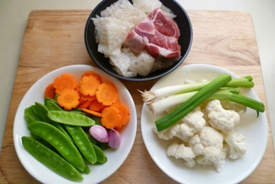 Món ăn bài thuốc cực tốt cho tiêu hóa là một loại canh nhà nào cũng nấu trong dịp Tết - Ảnh 1.