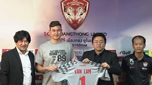 Thủ môn Đặng Văn Lâm: Tôi đủ kinh nghiệm và sự tự tin để thi đấu ở Thái League - Ảnh 2.