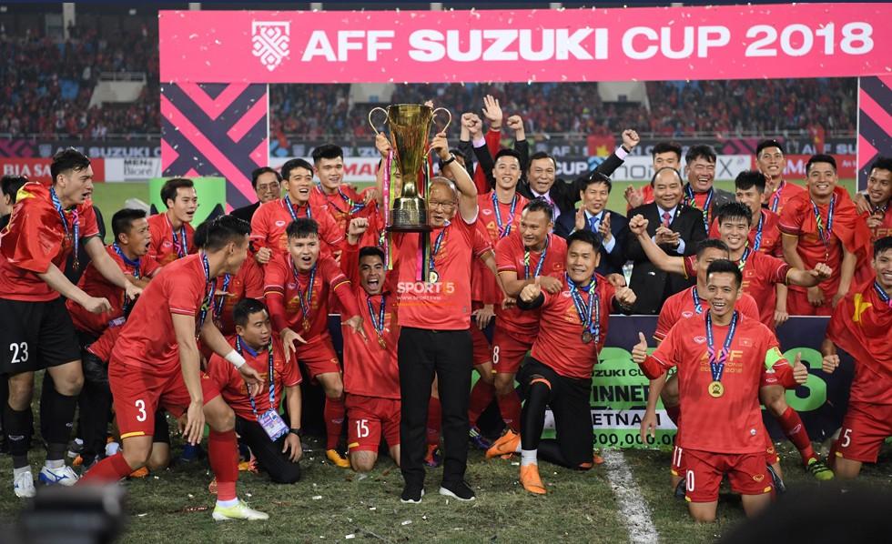 Cuộc chơi đầy tốn kém của các ông bầu bóng đá: Sông Lam Nghệ An, HAGL lỗ vài trăm tỷ, các đội giàu thành tích nhất cũng vật lộn với thua lỗ - Ảnh 13.