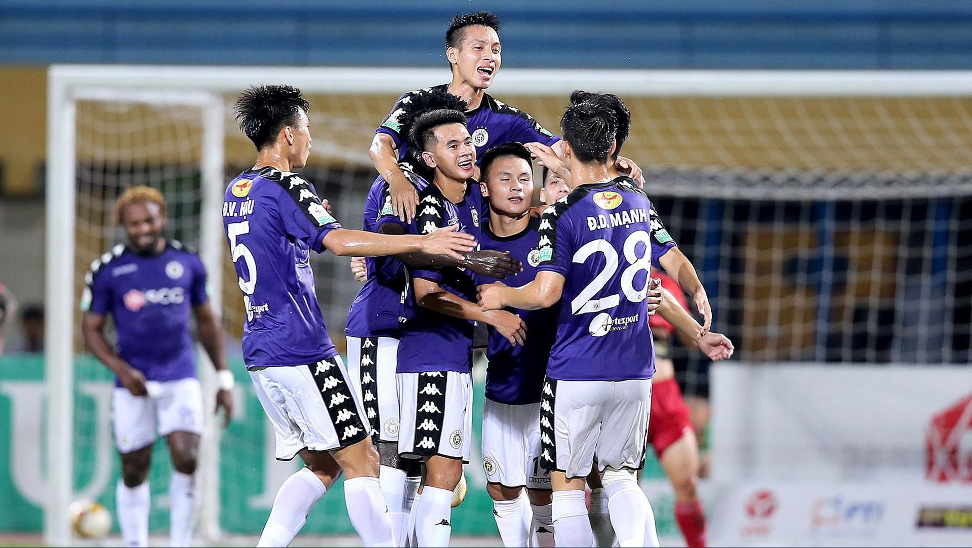 Cuộc chơi đầy tốn kém của các ông bầu bóng đá: Sông Lam Nghệ An, HAGL lỗ vài trăm tỷ, các đội giàu thành tích nhất cũng vật lộn với thua lỗ - Ảnh 8.
