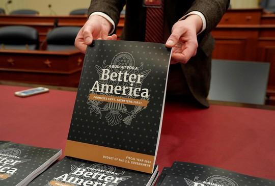 Đề xuất ngân sách mới của ông Trump lại bị vùi dập  - Ảnh 1.