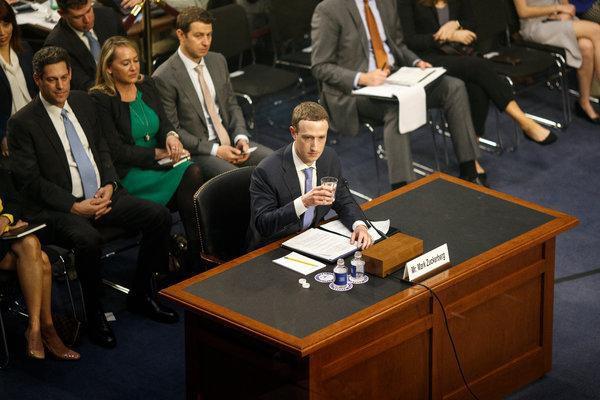 Facebook chính thức bị liên bang Mỹ truy tố hình sự, tội danh bán dữ liệu trái phép cho hơn 150 công ty khác - Ảnh 2.