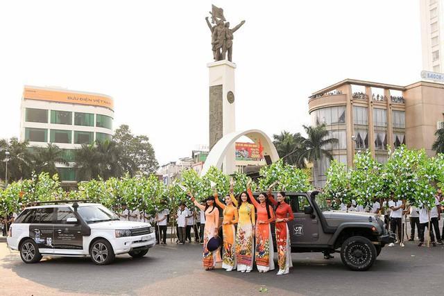 Dàn xe khủng của ông chủ cafe Trung Nguyên chở theo Hoa hậu và Á hậu, sẵn sàng hành trình xuyên Việt 2019 - Ảnh 18.