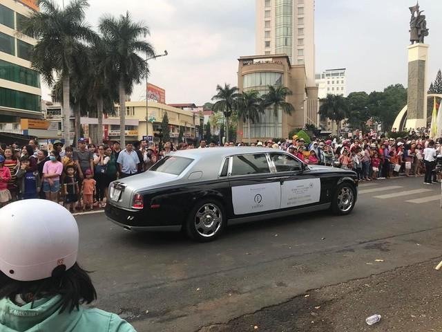 Dàn xe khủng của ông chủ cafe Trung Nguyên chở theo Hoa hậu và Á hậu, sẵn sàng hành trình xuyên Việt 2019 - Ảnh 21.