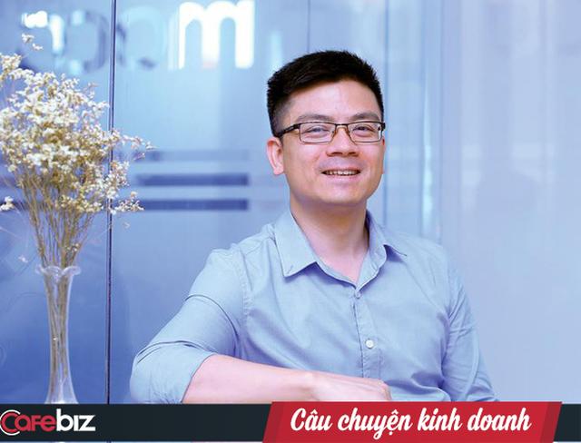 CEO Moca lần đầu tiết lộ phải bán nhà để khởi nghiệp khi mái tóc đã chớm bạc - Ảnh 1.