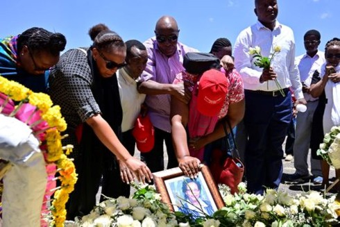 Vụ rơi máy bay ở Ethiopia: Gia đình các nạn nhân kiện Boeing - Ảnh 1.