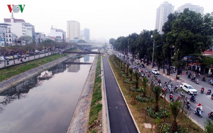 Ngắm con đường đi bộ dài nhất Thủ đô đang dần hoàn thiện - Ảnh 1.