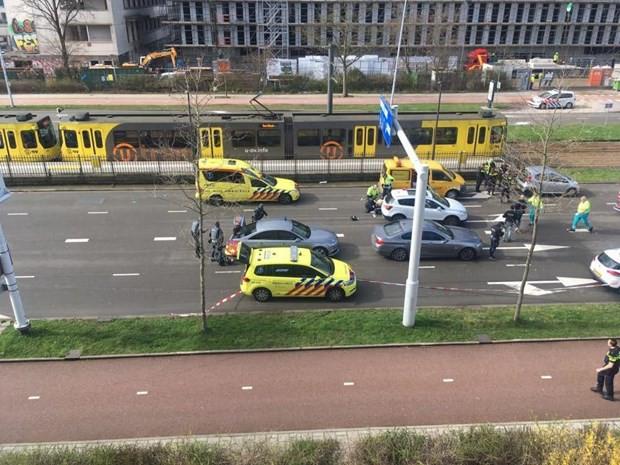 Vụ xả súng tại Hà Lan: Ít nhất 7 người bị thương tại hiện trường - Ảnh 1.