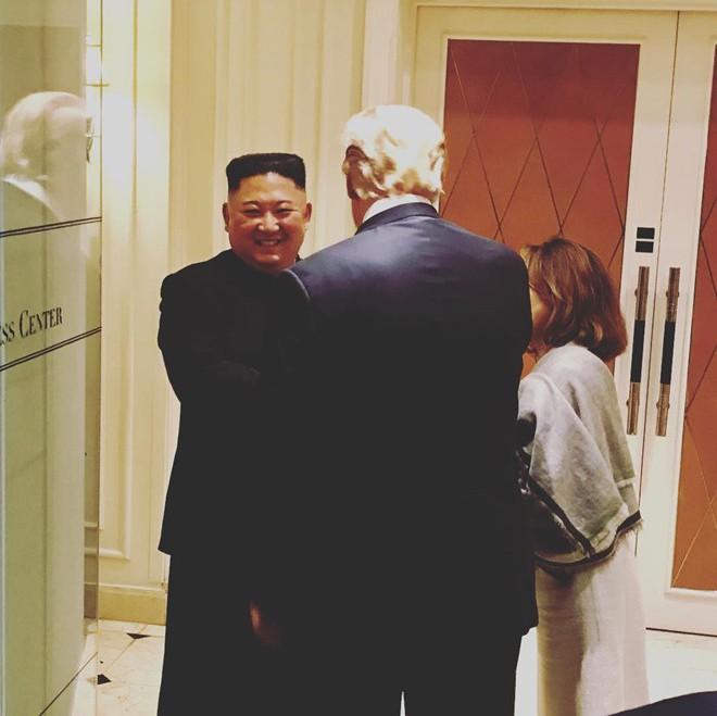Hy vọng về một nền hòa bình bền vững nhìn từ nụ cười của Chủ tịch Kim lúc chia tay - Ảnh 6.