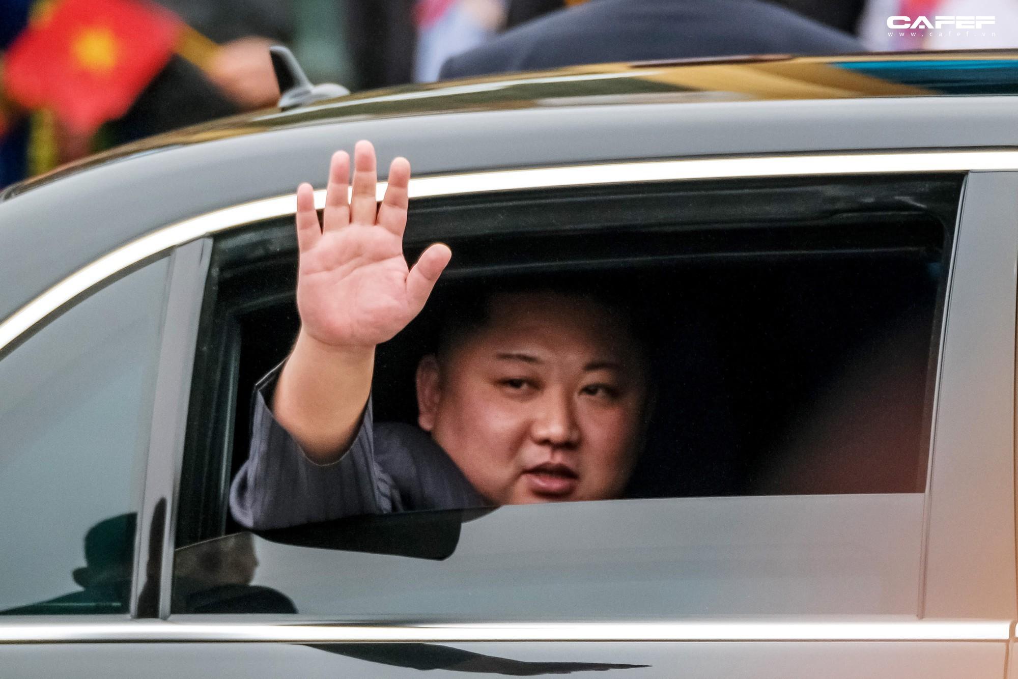 Hy vọng về một nền hòa bình bền vững nhìn từ nụ cười của Chủ tịch Kim lúc chia tay - Ảnh 10.