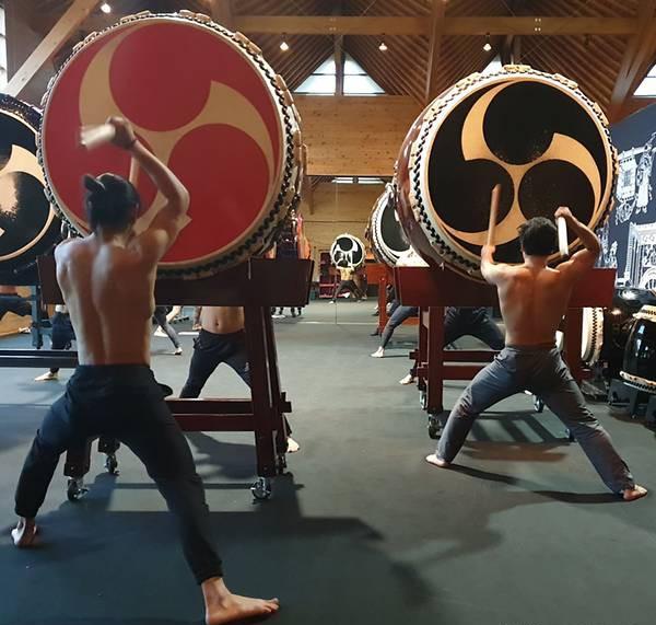 Có gì ở ngôi làng Nhật Bản nơi tỉ lệ chọi còn khó nhằn hơn cả ĐH Harvard: Rèn luyện khắc khổ như samurai, tất cả để giữ hồn cho tiếng trống thiêng liêng này! - Ảnh 4.