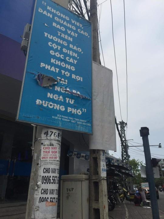 Nhếch nhác tờ rơi cho vay nặng lãi tràn lan trên đường phố Đà Nẵng  - Ảnh 10.