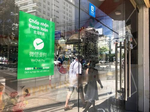 Khánh Hòa lúng túng vì tour giá rẻ - Ảnh 2.