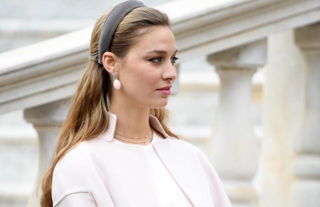 Bên cạnh 2 nàng dâu Hoàng gia Anh, thế giới vẫn còn những công nương và công chúa khác xinh đẹp, quyến rũ và quyền lực đến thế này - Ảnh 18.