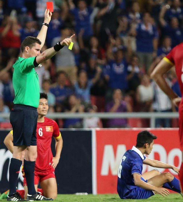 """Việt Nam – Thái Lan, ai mới là """"vua"""" của bóng đá Đông Nam Á? - Ảnh 1."""