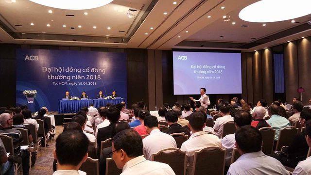 Gu chọn nơi tổ chức họp cổ đông của các ngân hàng - Ảnh 3.