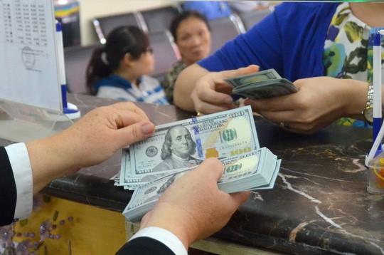 Tỉ giá USD/VNĐ tăng lên mức cao nhất từ đầu năm - Ảnh 1.