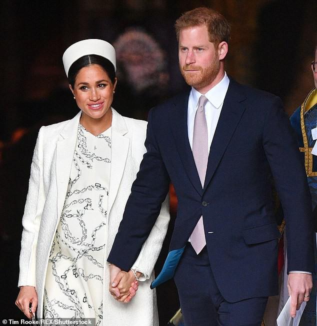 Meghan bị trợ lý lâu năm của Nữ hoàng Anh cảnh báo đừng cố tỏ ra thông minh cùng lời khuyên được cư dân mạng đồng tình ủng hộ - Ảnh 3.