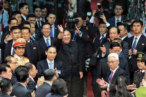 Điều bất ngờ về tàu bọc thép của ông Kim Jong-un từ Trung Quốc sang Đồng Đăng - Ảnh 2.