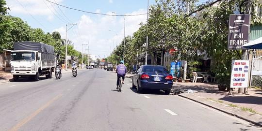 Vụ xe biển xanh Hậu Giang đi dự tiệc ở Cần Thơ: Đã kiểm điểm trước cấp ủy - Ảnh 1.