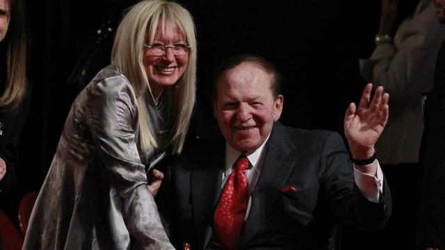 Vợ tỷ phú Sheldon Andelson: Chủ nhân tối cao của ông trùm casino, giàu hơn cả chồng và không bao giờ biết Dạ, vâng - Ảnh 1.