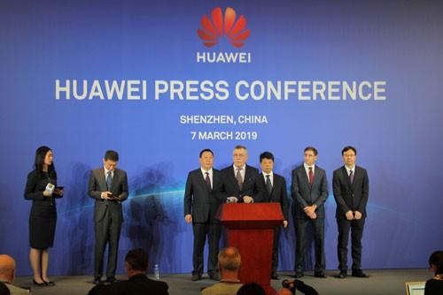 Đại chiến Mỹ - Huawei - Ảnh 1.