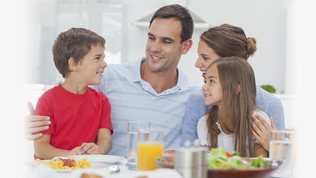Thành công đôi khi phải trả giá bằng sự cô đơn, nhưng bỏ quên gia đình thì khó có thành quả bền vững: Long đong bên ngoài đủ rồi, đây là lý do bạn nên quay về bên bữa cơm cùng tổ ấm - Ảnh 2.