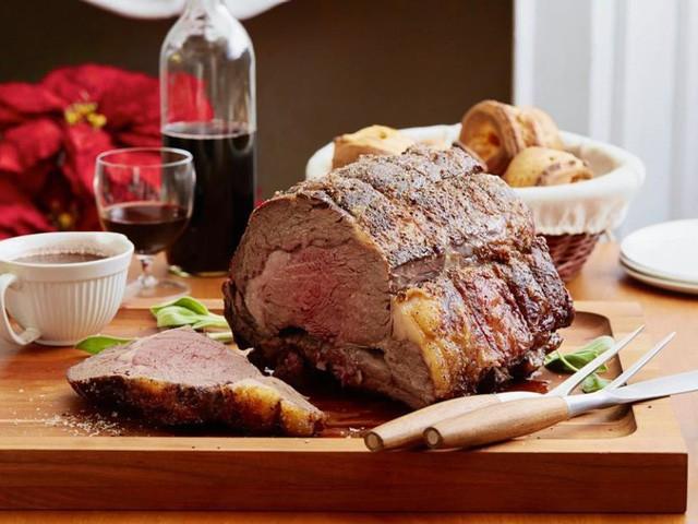 Thịt bò để lâu đến mức lên mốc hóa ra lại là niềm tự hào của nhiều nhà hàng steak nổi tiếng - Ảnh 3.