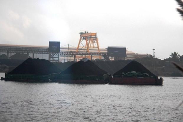 Các 'ông lớn' không cấp đủ than, EVN xin nhập khẩu thêm vàng đen - Ảnh 2.